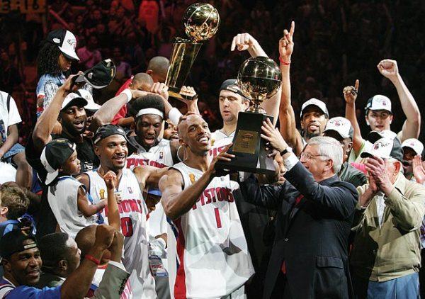 Ejemplos de trabajo en equipo Detroit Pistons