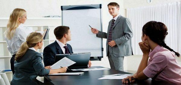 la capacitación y la selección de personal