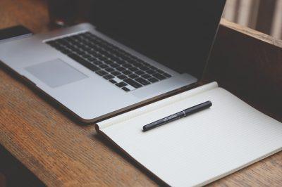 necesitas-escribir-cada-dia-en-tu-blog-2