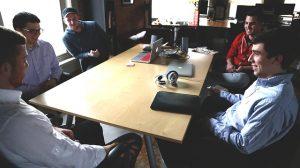 los-empleados-de-una-startup-estan-mas-comprometidos