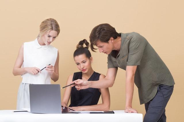 el proceso de comunicacion o proceso comunicativo permite un trabajo fluido